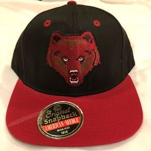 Accessories - SnapBack Grizzly Bear Head 8bf23fd4dcb